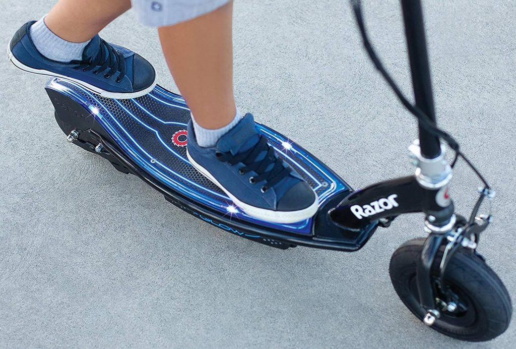 Razor E100 Glow Electric Scooter Review Image 7