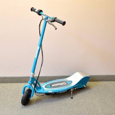 Razor E200 Teal Electric Scooter Review